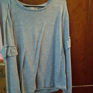 Grey long sleeve knit top